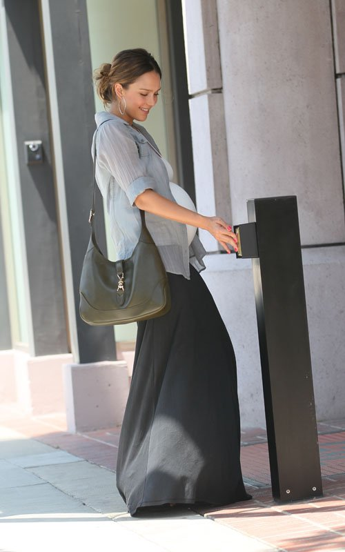 Jessica Alba's Beverly Hills Pregancy Pampering